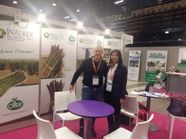 Dr. Wenjing Chen with Olter